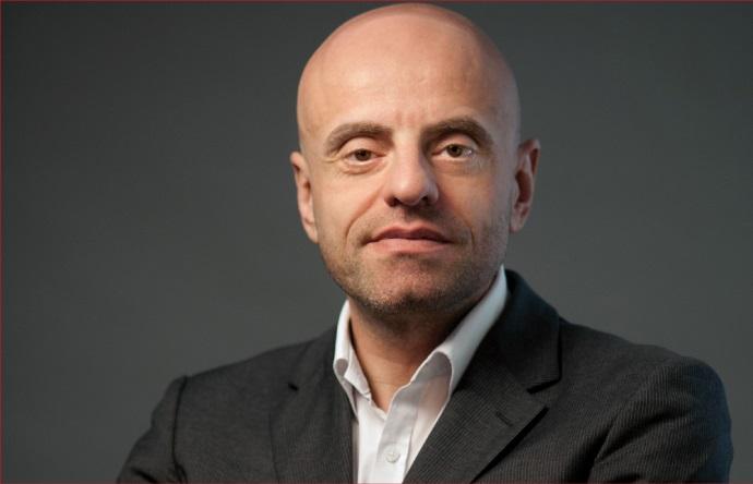 Frédéric Serrière est l'Auteur du Guide Silver Economie 2016